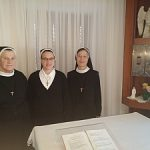 God sv. Frančiška v samostanu šolskih sester