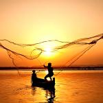 »Hodíta za menoj in narédil vaju bom za ribiča ljudi.«